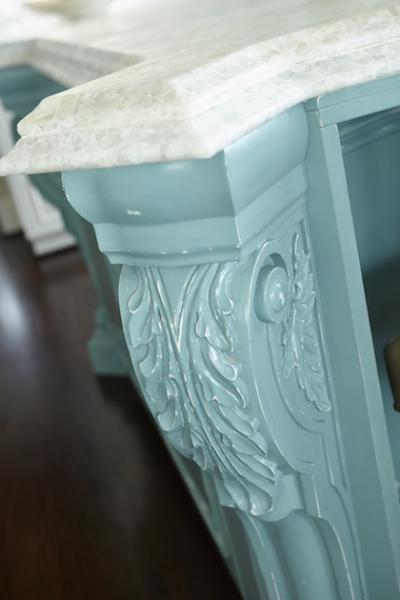 Corner corbel detail