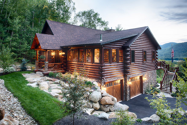 log cabin home by Golden Eagle & Timber Homes