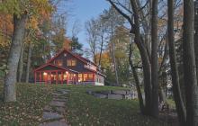 Cottage_on_Fish_Trap_Lake